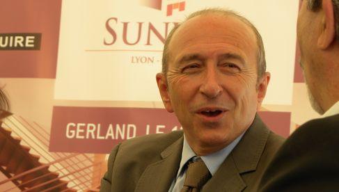 Gérard Collomb, maire de Lyon,  tout sourire
