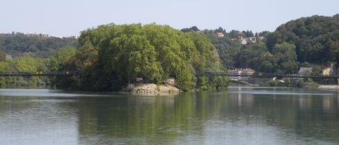 Ile Barbe à Lyon à côté de Saint Rambert