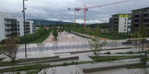 Vue de la lame d'eau et des espaces publics de la ZAC Castellane (SDH/LPI)